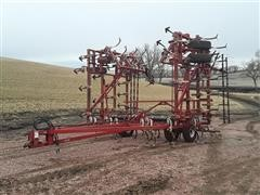 Wil-Rich 3200 Field Cultivator