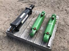 John Deere 8420 3 Pt Lift Cylinders