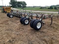 Orthman 831DF Ripper Or Anhydrous Applicator