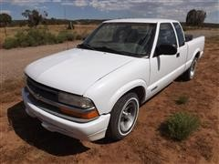 1999 Chevrolet S10 Extended Cab 2x4 Pickup
