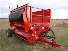 2017 Highline Bale Pro CFR 960 Bale Processor W/Feed Chopper & Grain Attachment