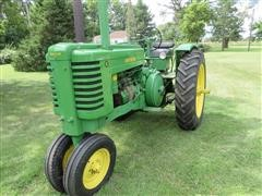 1948 John Deere G Tractor
