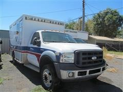 2006 Ford F-450 Ambulance