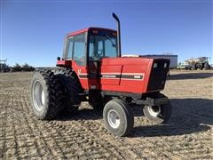 1982 International 5088 2WD Tractor