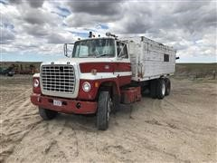 1974 Ford LNT9000 T/A Grain Truck