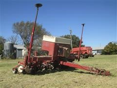 Case IH 900 Cyclo 6R30 Planter & Parts Planter