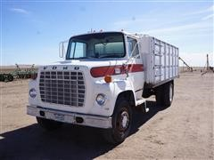 1973 Ford F700 S/A Grain Truck