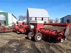 1989 Case IH 900 Cyclo Air Planter With Markers