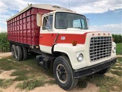 1976 Ford LN7000 T/A Grain Truck