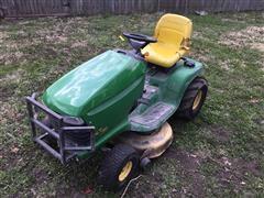 John Deere LT180 Lawn Tractor