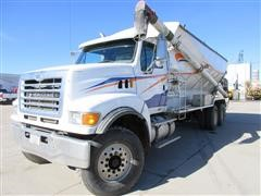 2006 Sterling LT8500 T/A Feed Mixer Truck