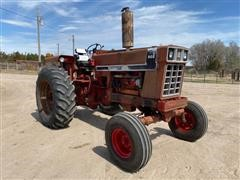 1976 International 966 2WD Tractor