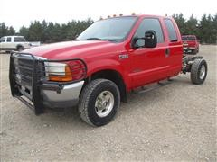 2001 Ford F250 Super Duty Lariat Cab & Chassis 4x4 Diesel