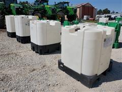 Snyder 275 & 330-Gallon Plastic Tanks/Totes