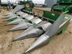 John Deere 644 Corn Header