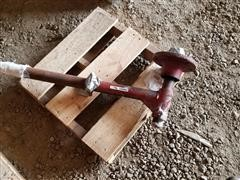 Case IH Plow Wheel Hub & Shaft