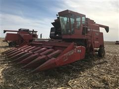 Massey Ferguson 760 Combine W/8 Row Corn Head