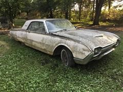 1961 Ford Thunderbird Car For Parts
