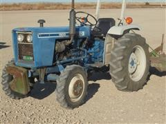 Ford 1900 MFWD Tractor