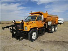 2001 GMC C8500 T/A Spreader Truck