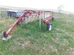 Hesston 3983 Front Fold Wheel Rake