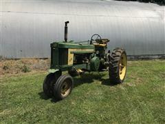 1956 John Deere 520 2WD Tractor