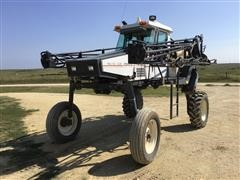 Melroe Spra-Coupe 3630 Self-Propelled Sprayer