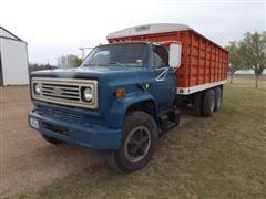 1980 Chevrolet C70 T/A Grain Truck W/Dump & Tarp
