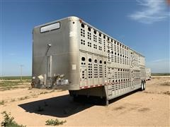 1996 Wilson PSDCL-302 T/A Livestock Trailer