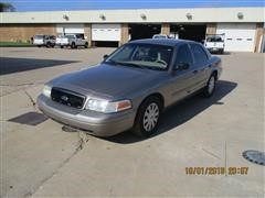 2010 Ford Crown Victoria Car