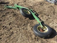 John Deere 7200 Lift Assist Wheels