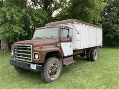 1979 International 1824 S/A Grain Truck