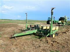 """John Deere 7000 4R40"""" Planter"""