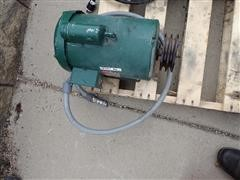 Dayton 1TMX8A 230 Volt Electric Motor