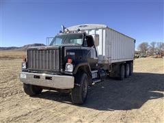 1981 GMC Brigadier Tri/A Grain Truck
