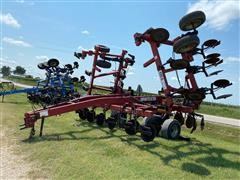 DMI 5310 Nutri-Till'R Anhydrous Applicator
