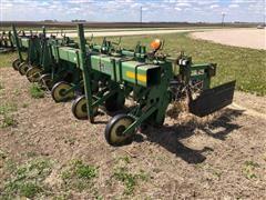 John Deere 886 Wide Row Cultivator