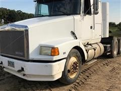 1990 Volvo White T/A Truck Tractor