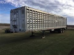 1990 Barrett Possum Belly Ground Load T/A Livestock Trailer