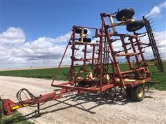 Krause 4100 Field Cultivator With Harrow