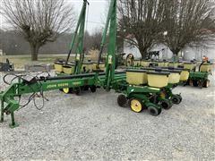 John Deere 7200 12R30 Planter