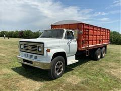 1980 Chevrolet C70 T/A Grain Truck