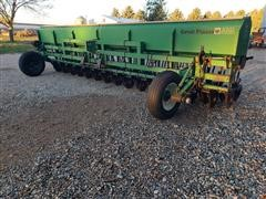 Great Plains 3PD20 - Solid Stand 20' Grain Drill