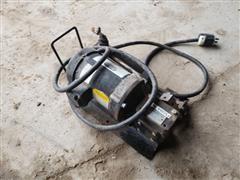 CDS - JOHN BLUE 20620 Fertilizer Pump