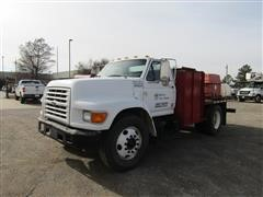1999 Ford F-800 4x2 S/A Flatbed Truck