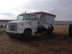 1979 Ford 7000 Feed Truck