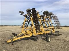 Landoll 850-27 27' Soil Finisher