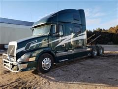 2003 Volvo T/A Truck Tractor