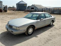 1997 Oldsmobile Regency Car