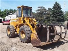1997 Dresser 515C Wheel Loader W/Grapple Fork